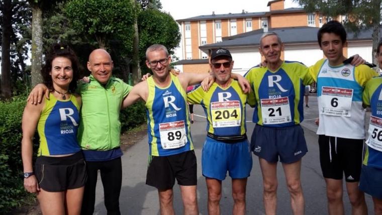 Algunos compañeros,corrieron la III Carrera Salesianos Domingo Savio el día anterior a la Media Maratón de La Rioja.
