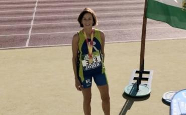 Marcelina Hernáiz Campeona de España Máster de 5000 en pista y Gema Olave quinta.